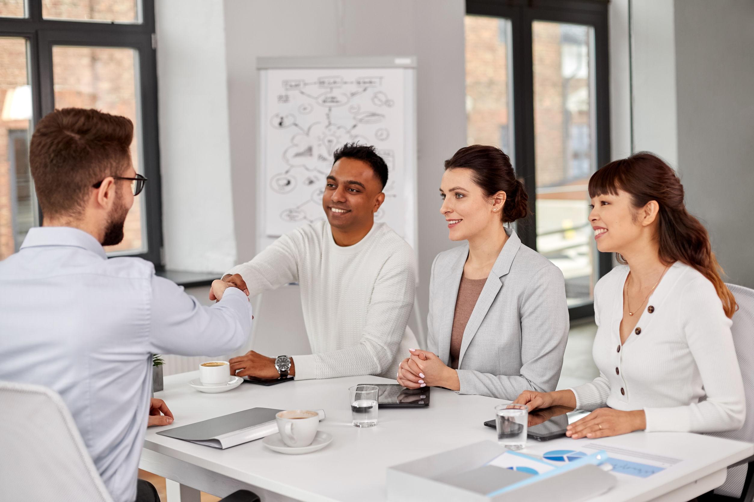 HR önfejlesztés